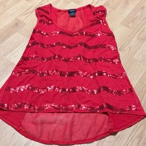 Rue21 Women's tank top size medium red